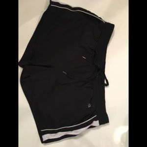 Gap Black white stripes Fit Shorts Athletic wear.